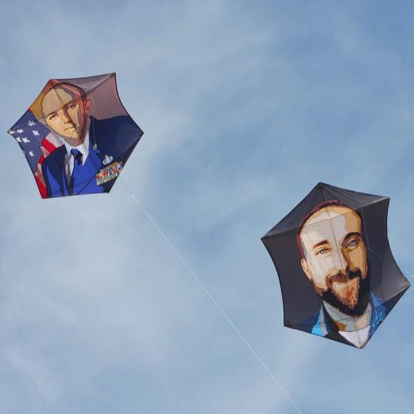 Jetland Kite Photo by Larry Tenney