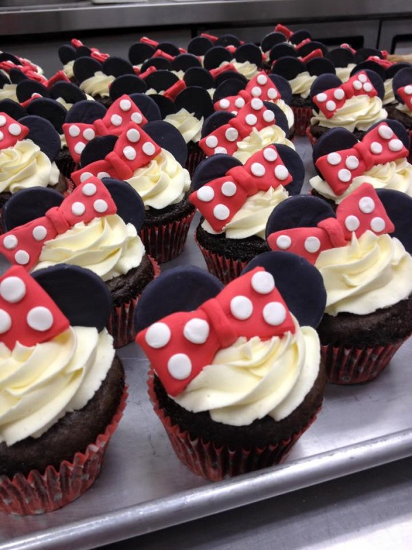 Spotlight: Pinky's Cupcakery | Baker for a Day