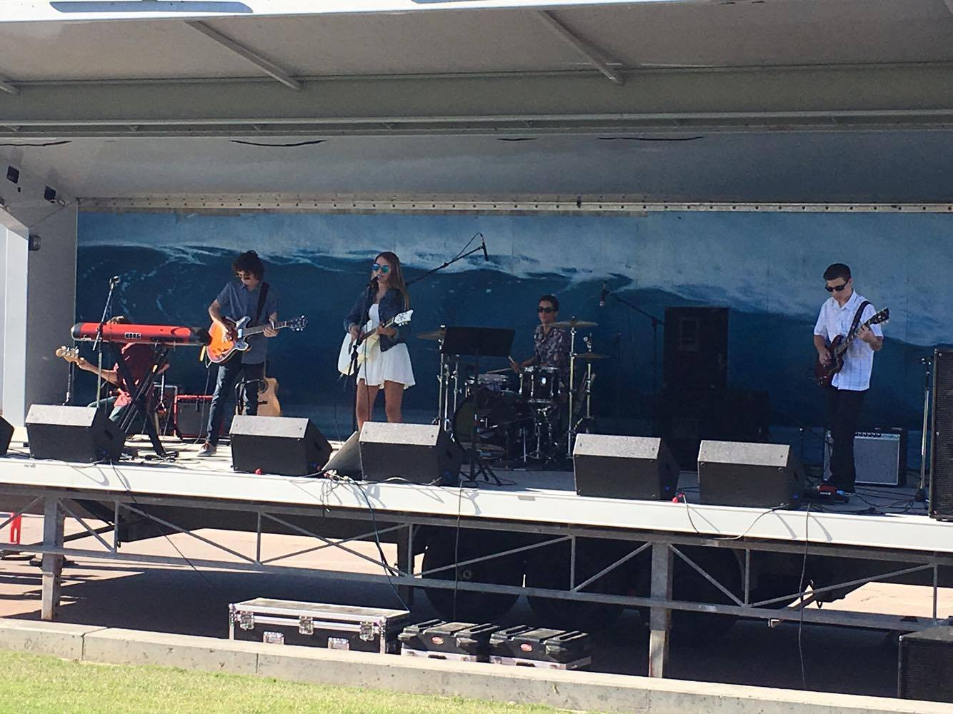 Olivia Ooms and The Resistors performing at Pier Plaza