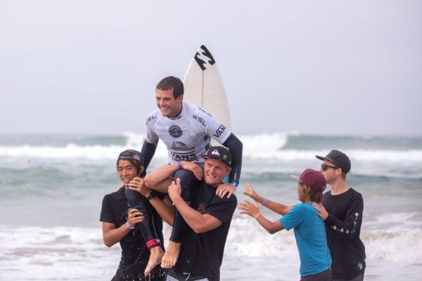 Derek Peters wins the Trials of the 2016 US Open of Surfing. © WSL / Van Kirk